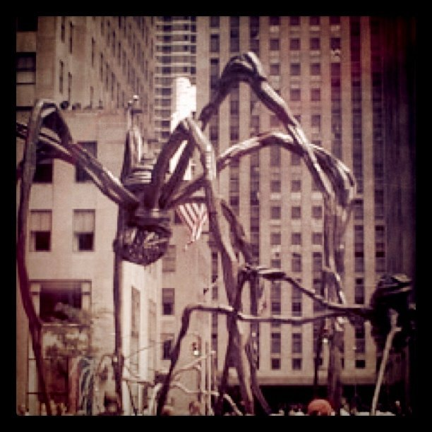 Giant spiders invade Manhattan! (June 2001, posted for @freemail_ggg ) (Taken with instagram)
