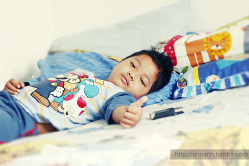 my baby get sick :(( the fever is so high, it touch 40°C or about 104°F.