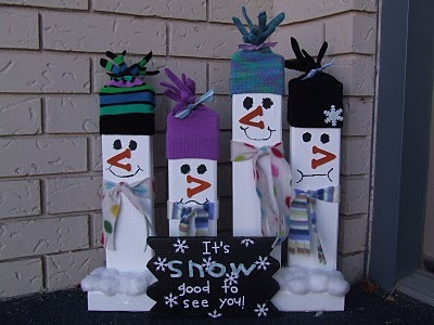 Another 2x4 snowman craft!  ~  Keeping it Simple: Tutorial Tuesday: 2x4 Snowmen