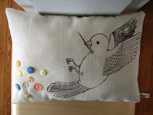 buttonit:  New pillow prototype - The Button Collector (by Sarah & Egg-A-Go-Go)