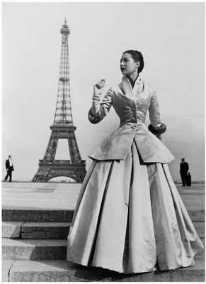 Dior, 1954 - I wish my life would accommodate having something like this in my wardrobe.