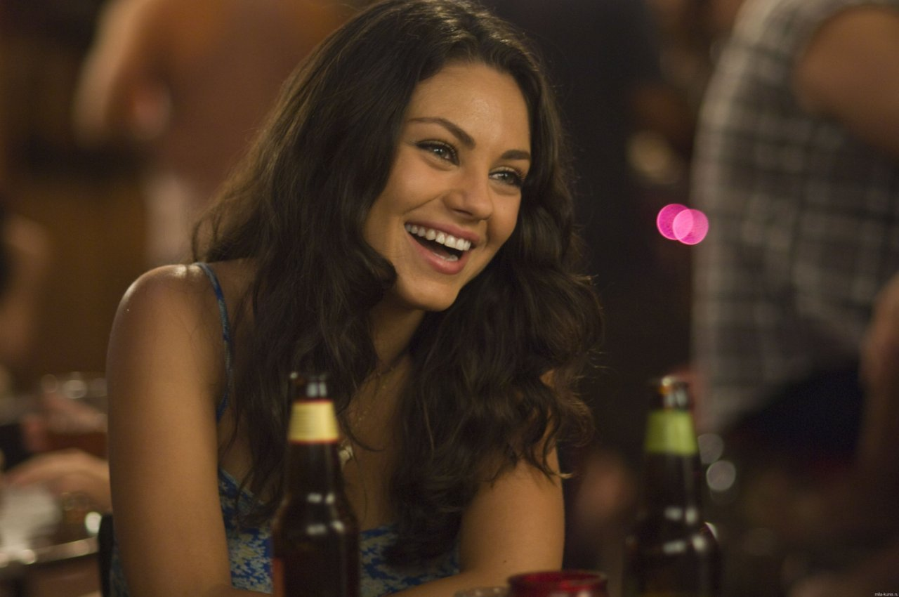 mytasteinwomen stillkuniscrushing  mila kunis and beer  life over