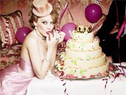 Kylie Minogue for TOUS – Shot by Ellen Von Unwerth