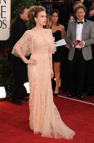 Scarlett Johansson - Golden Globe Awards, January 16th 2011 Oh dear. This is not what I expect to see when I hear Scarlett Johansson is going to be at an event.