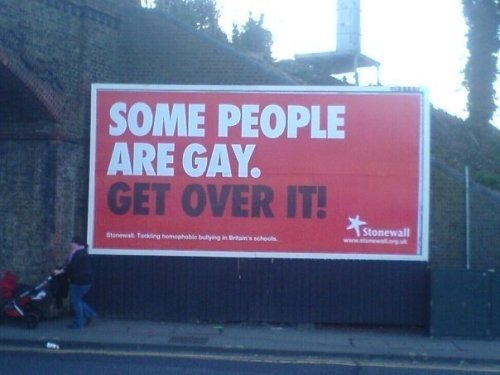I LOVE GAY PPL :)