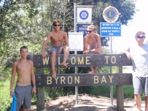 g0lden-breeze:  take me to byron bay?? ;)