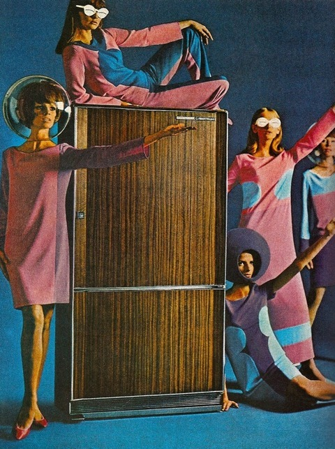 paleofuture:  Refrigerators… In Space! (1965)
