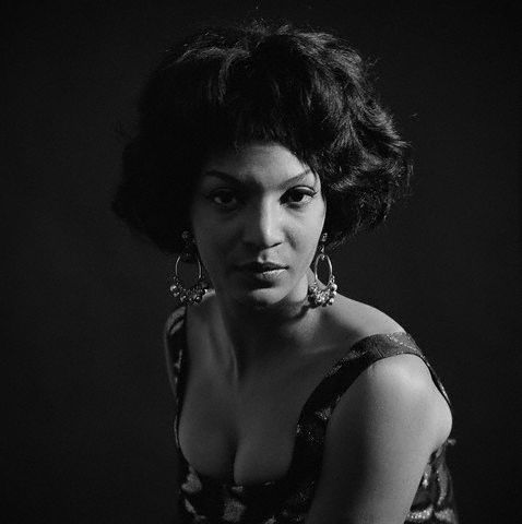 "Nichelle Nichols (Star Trek's ""Lt. Uhura"") as a jazz vocalist in 1959."