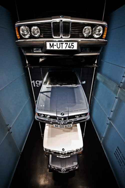 asaucerfulofwheels:  Bad guys: 745i/633CSi/520/323i