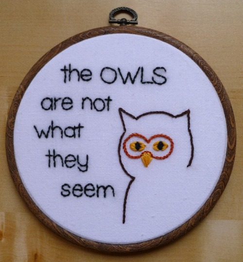 tishous:  We all need more Twin Peaks-inspired embroidery in our lives, no?  YES WE DO