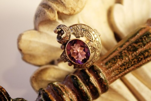 Antique Estate Amythyst w/Diamonds Ring  - 3.98k Oval Amythyst and 1.0k diamonds gold/silver THIS RING… OH MY GOD… MY LIFE… I CAN'T… WANT IT… NEED IT… MY LIFE…