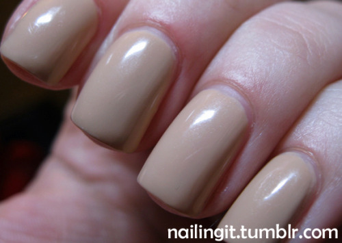 forever 21 love & beauty - taupe i got obsessed with buying a fleshy polish, don't ask me why. really into the mannequin hands look though, not gonna lie.