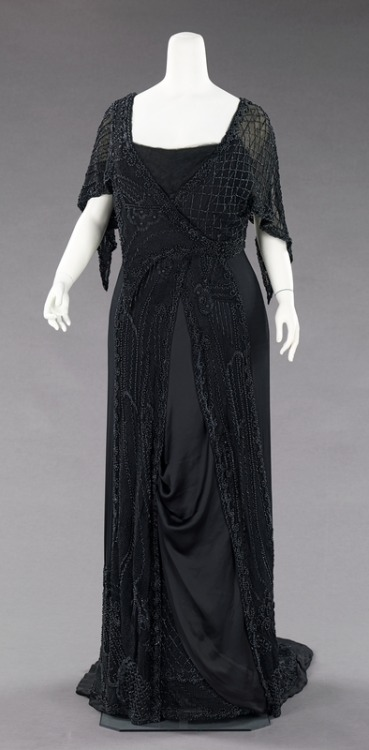 Mourning Gown (for evening) | c. 1910 The net beading is amazing.