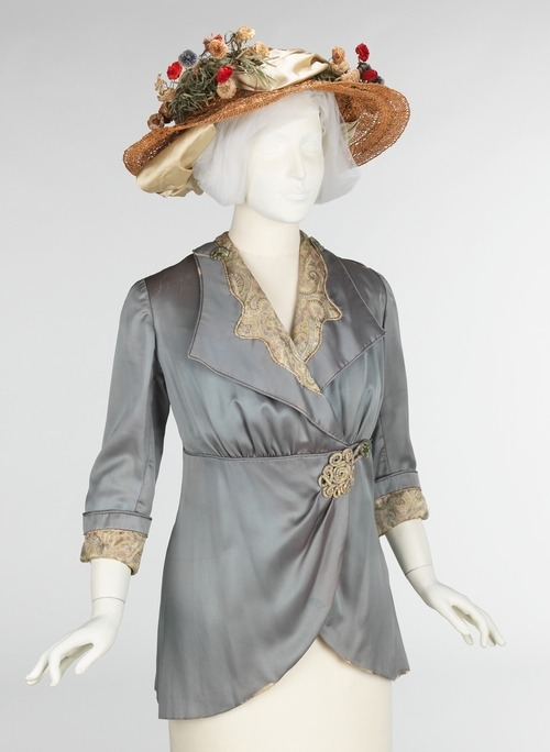 defunctfashion:  Ensemble | c. 1912