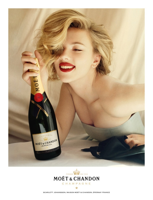 csebastian:  Moët & Chandon champagne, 2011 campaign photographer: Tim Walker Scarlett Johansson (click-through for zoom) Scarlett Johansson Gallery at Scarlett-Photos.com  Scarlett Johansson and Champagne. I approve of both of these things.