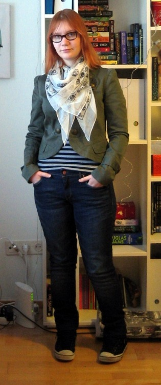 Jacket: Lindex Scarf: allegedly Alexander McQueen, via eBay Jeans: H&M Shoes: Tretorn Damn, girl. Stand up straight. Anyway. This jacket is almost weapons-grade awesome, but it's kind of a lot of look to pull off. It's very clearly inspired by Balmain, which was why I snapped it up the minute I saw it. This is just about the first time I've worn it. These shoes are objectively pretty fugly, but I can't help but like the functionalism. And the fact they're waterproof - temperatures have been hovering around freezing, which means ice and puddles. Falling over is the new black, clearly.