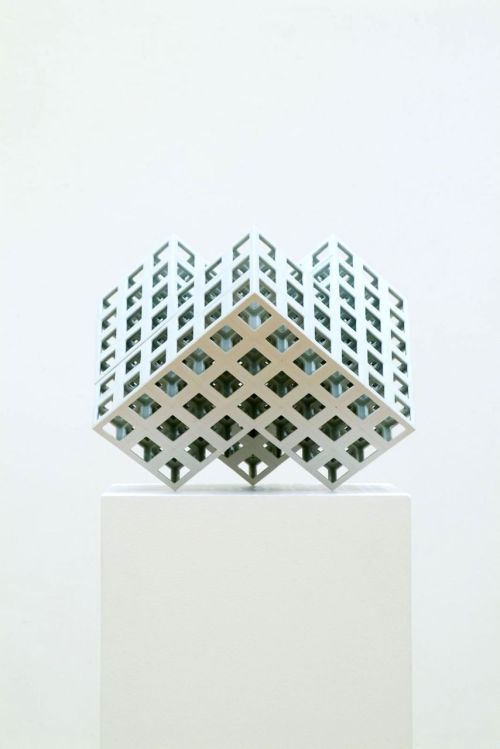 Yoichiro Kamei: Lattice Receptacle #10