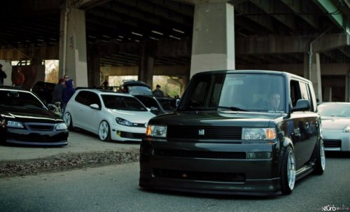 alxfulano:  TOYOTA SCION xB   My baby is fixed but not completely