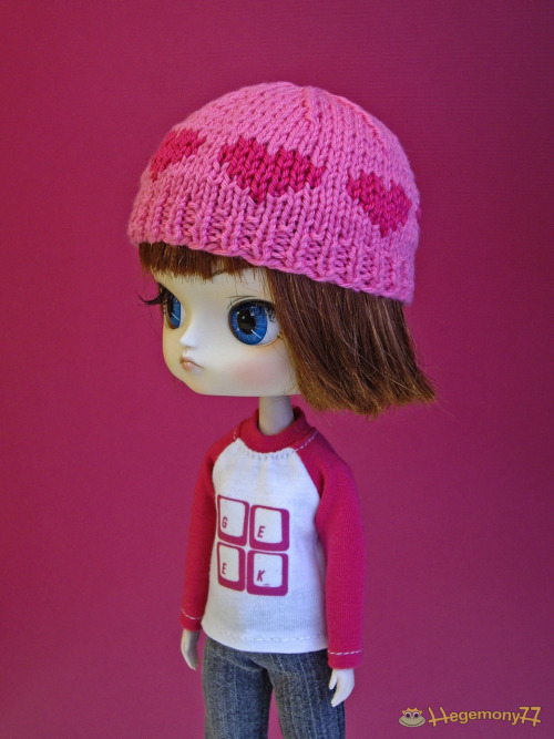Dal in pink hat with little hearts