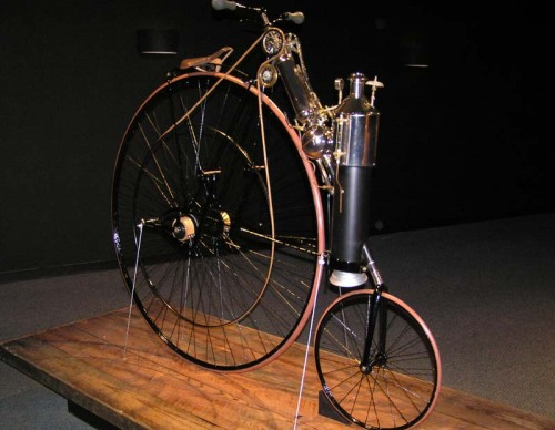 doctormonocle:  Steam powered cycle… Big wheel: check. Little wheel: check.