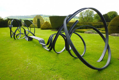 victoriagabrielle:  Awesome garden bench by French designer Pablo Reinoso
