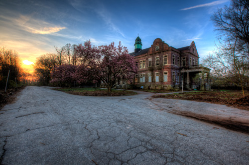 Pennhurst State School & Hospital administration building
