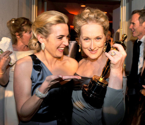 Kate Winsley and MERYL STREEP. No one is classier than Streep.   'tis classy.