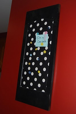 A fun corkboard made from an old frame!  ~  My Creative Escapes: New Corkboard