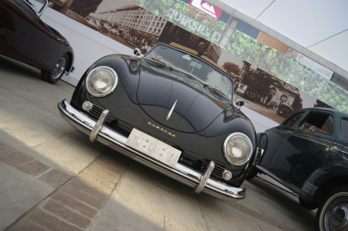 carpr0n:  I can still win Starring: Porsche 356 Spyder (By Hisdem)