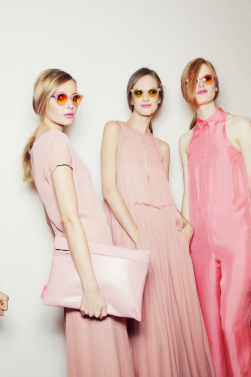 Three ladies in pink.  272273 (via A lot of inspiration)