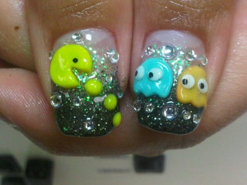 My new nails :] PACMAN!