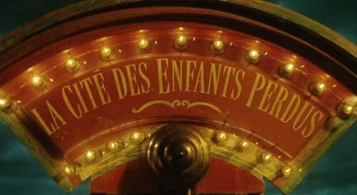 lifeexperimence:  City of Lost Children1995A film by: Jean-Pierre Jeunet et Marc Caro  Watched this for the first time Saturday night with my cousin. I loved it!