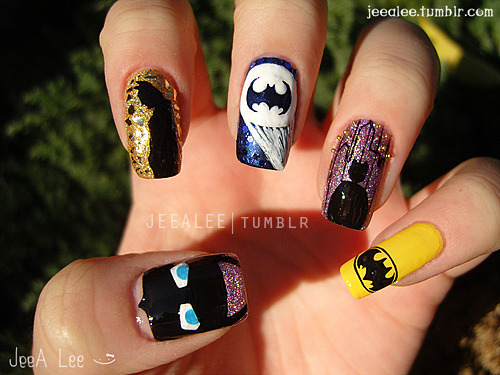 jeealee:  Batman Nails :)  Can you hear me hyperventilating over here?