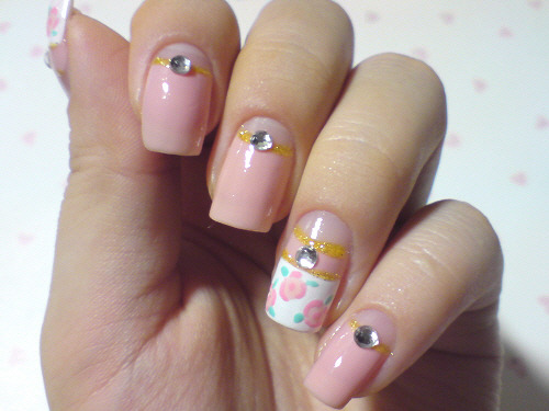click through for tutorial (in my korean blog) AKB48 Moeno Nito's nailart copy
