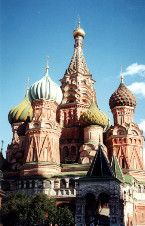 St. Basil Cathedral, taken in 2001. They've restored it since and the colors are so much brighter. I'll have to take a pic next time I'm there.