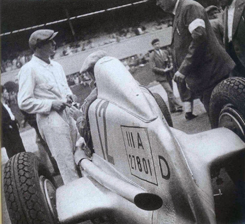 Before becoming a Mercedes benz driver, Herman Lang was Luigi fagioli mechanic.