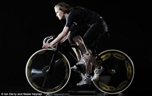 TRAIN LIKE VICTORIA PENDLETON   Check out Victoria Pendleton's weekly training regimen outlined on The Daily Mail.  Found on Tracko.