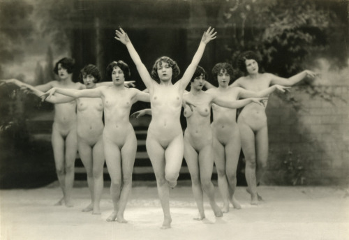 Photo by Albert Arthur Allen circa early 1920s