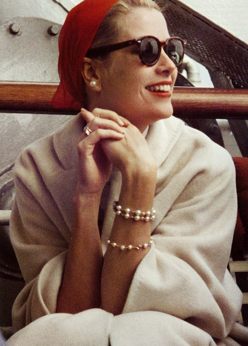 We suggest white after Labor Day : Grace Kelly  #fashion #style  k-a-t-e:  Grace