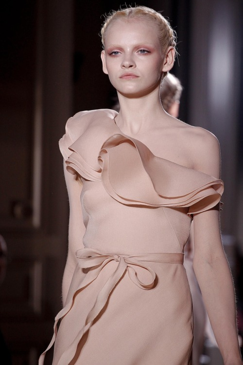 Ginta for Valentino. I loved the hair and makeup for this show. So angelic.