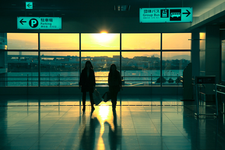 "PLACES OF JAPAN 03 - ""HANEDA AIRPORT AT SUNSET (1 of 4)"" As we were waiting for Vicki's dad to arrive at the airport I snapped a few shots while Vicki was… a) trapped inside of a crazy Japanese vending machine b) buying used panties from a crazy Japanese vending machine c) trapped inside of used panties while buying a crazy Japanese vending machine d) standing next to me"