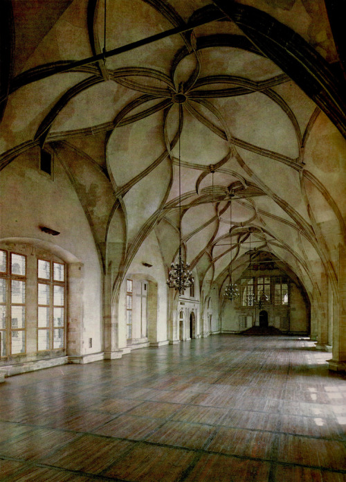 The Vladislav hall, Prague castle, Czech Republic. (via)