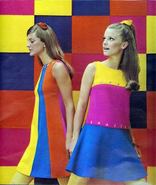 fuckyeah60sfashion:  February, 1967.
