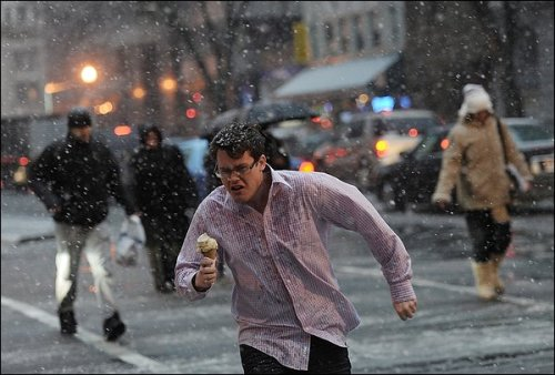 Today, in one image: Run, ice cream man. Save your dessert while storming through the snow. We shall call you Jason Bourn-illa Soft Serve. Photo gallery here.