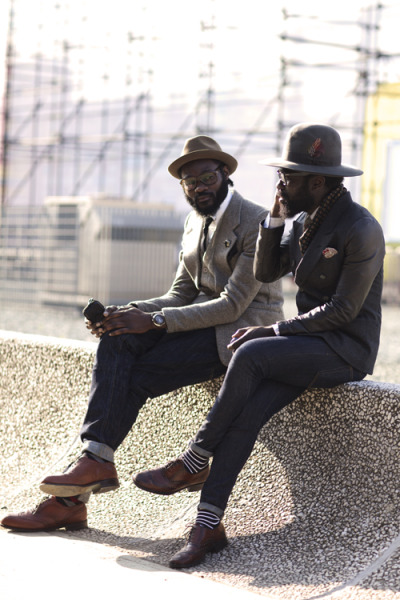 they look so fashionable and cool. via www.thesartorialist.com