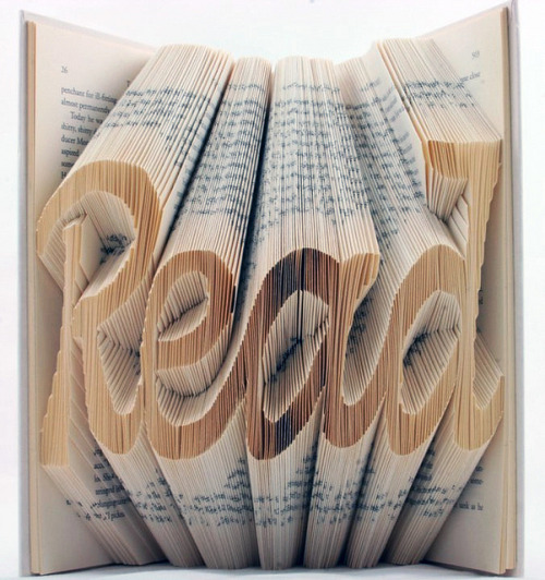 robjdlc:  Read Cursive (by Isaac Salazar)  O.O That must have taken forever. And required lots of planning.