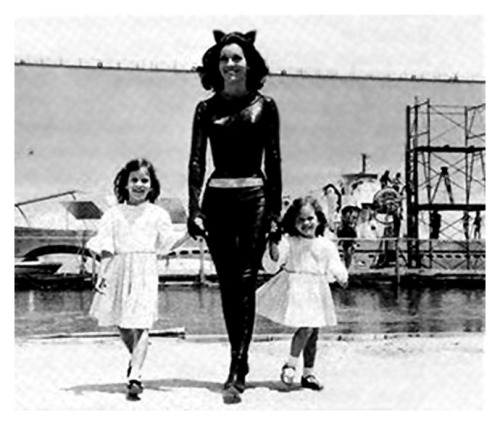 heyoscarwilde:  Actress Lee Meriwether with her two daughters between scenes on the set of Batman: The Movie circa 1966. scanned from The Official Batman Batbook | Contemporary Books | 1986