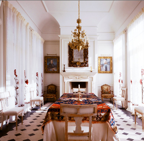 Simply Seductive: Required Reading: {The Finest Rooms}
