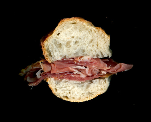 scanwiches:  Eataly: Prosciutto di Parma, On a Demi-Baguette This looks like a pretty good scanwich.