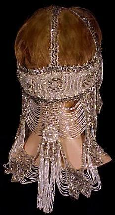 1920s headdress via Antique Dress